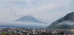 早朝の桜島の写真2